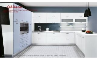 Mẫu tủ bếp hình chữ U - TBA401