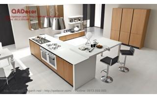 Tủ bếp có bàn đảo TBD404